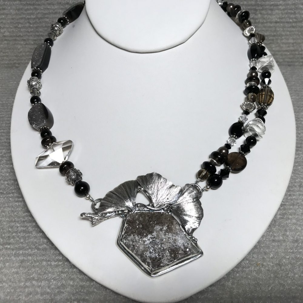 Asymmetrical Gingko Leaves Necklace